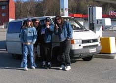 Skinny Molly with Dave Hlubek on tour 2004